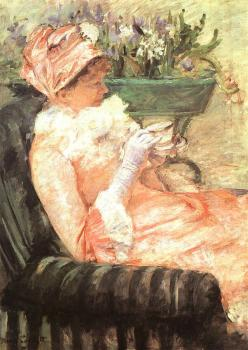 Mary Cassatt : The Cup of Tea II