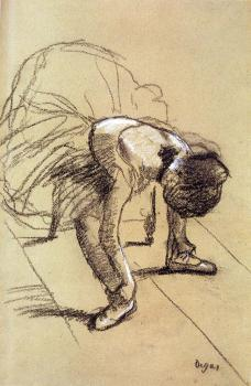 Edgar Degas : Seated Dancer Adjusting Her Shoes
