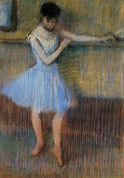 Edgar Degas : Dancer in Blue at the Barre