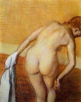 Edgar Degas : Woman Having a Bath
