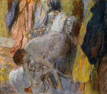 Edgar Degas : Woman Washing Her Feet