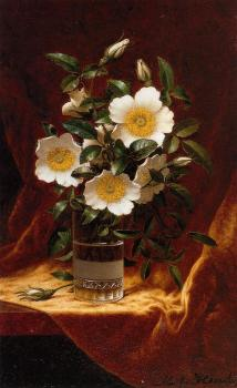 Martin Johnson Heade : Cherokee Roses in a Glass