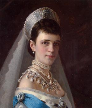 Ivan Nikolaevich Kramskoy : Portrait of Empress Maria Fyodorovna in a Head Dress Decorated with Pearls