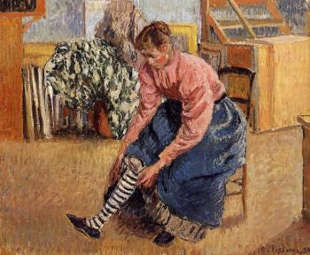 Camille Pissarro : Woman Putting on Her Stockings