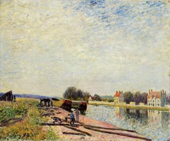 Barges on the Loing at Saint-Mammes