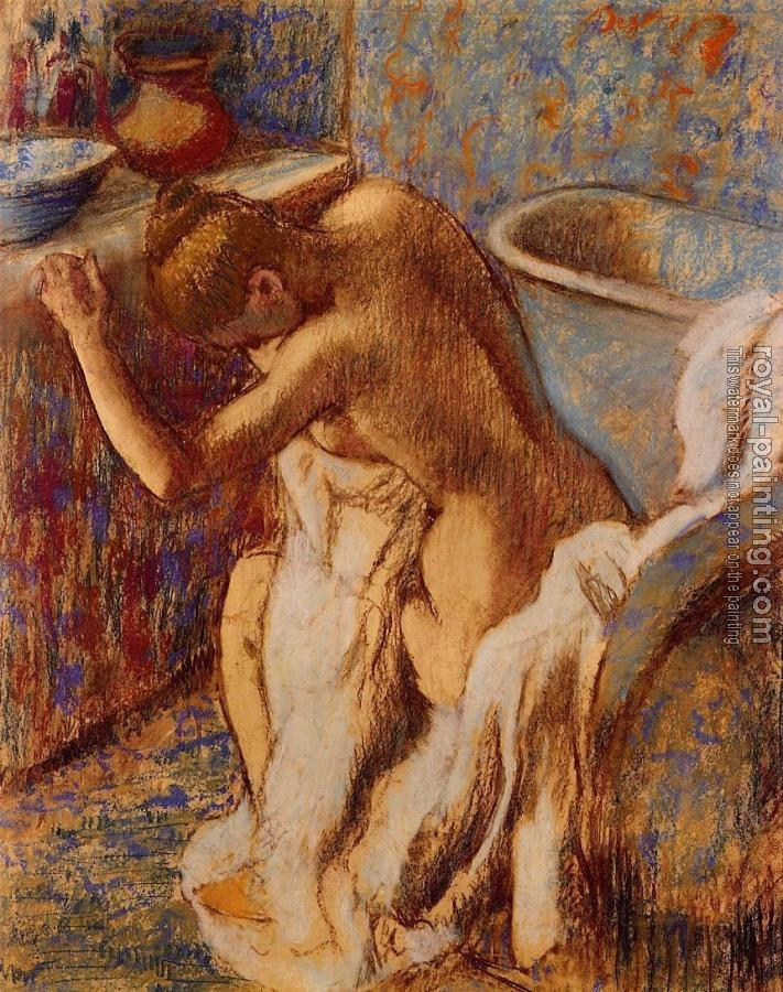 Edgar Degas : Woman Drying Herself III